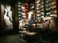 interno negozio A&F